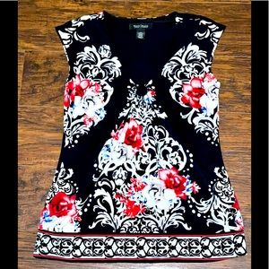 White House Black Market Sleeveless Floral Blouse